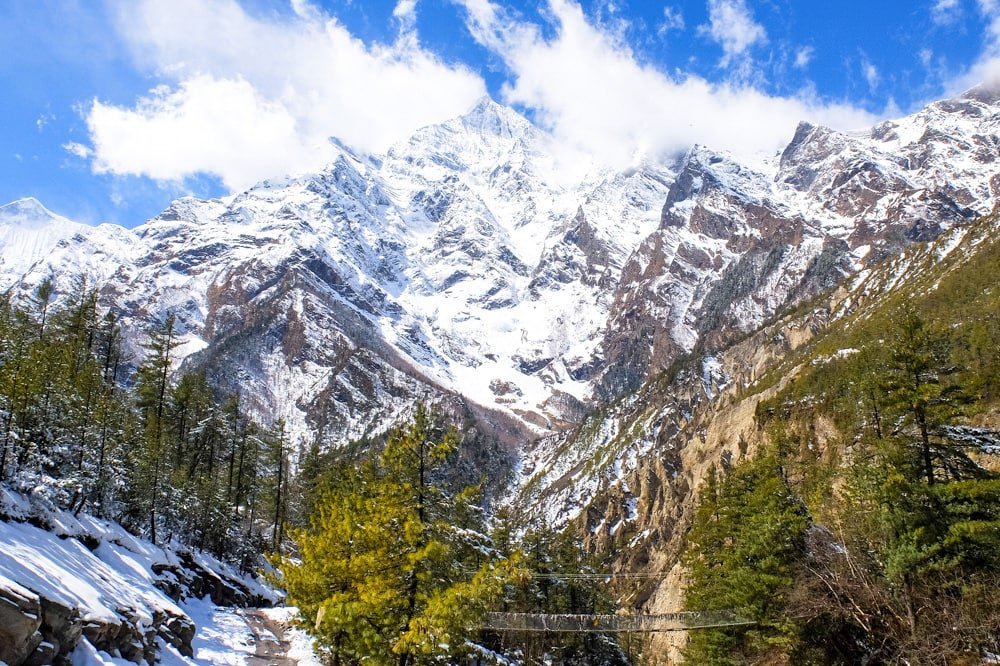 A scenic bridge on Annapurna Circuit trek