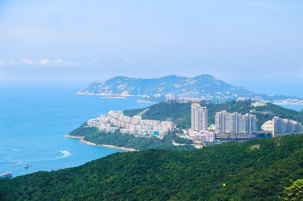 Hong Kong island - As seen from the Dragon's Back Trek.jpg
