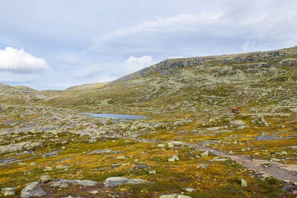 Trolltunga hiking trail