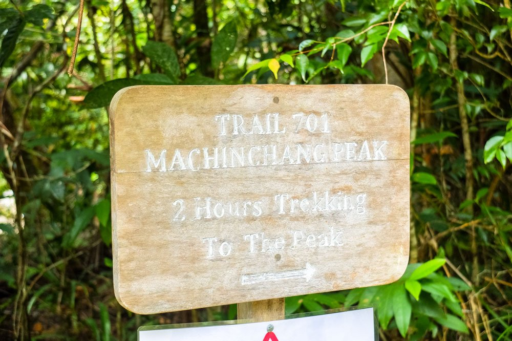 Gunung Mat Cincang hike sign