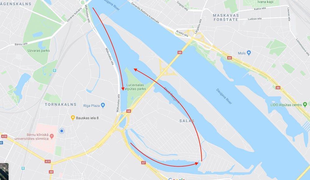 Kayaking to TV tower in Riga