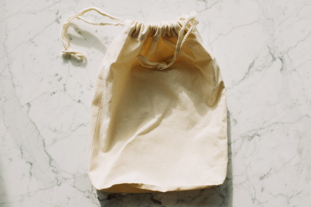 Dirty laundry bag for travel
