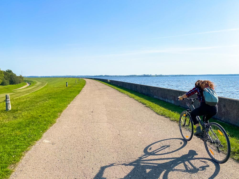 Cycling along Daugava river