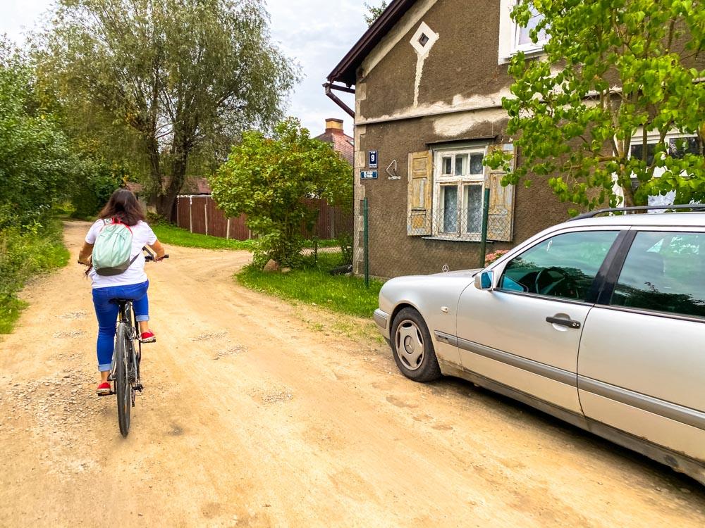 Cycling in Kundzinsala island, Riga