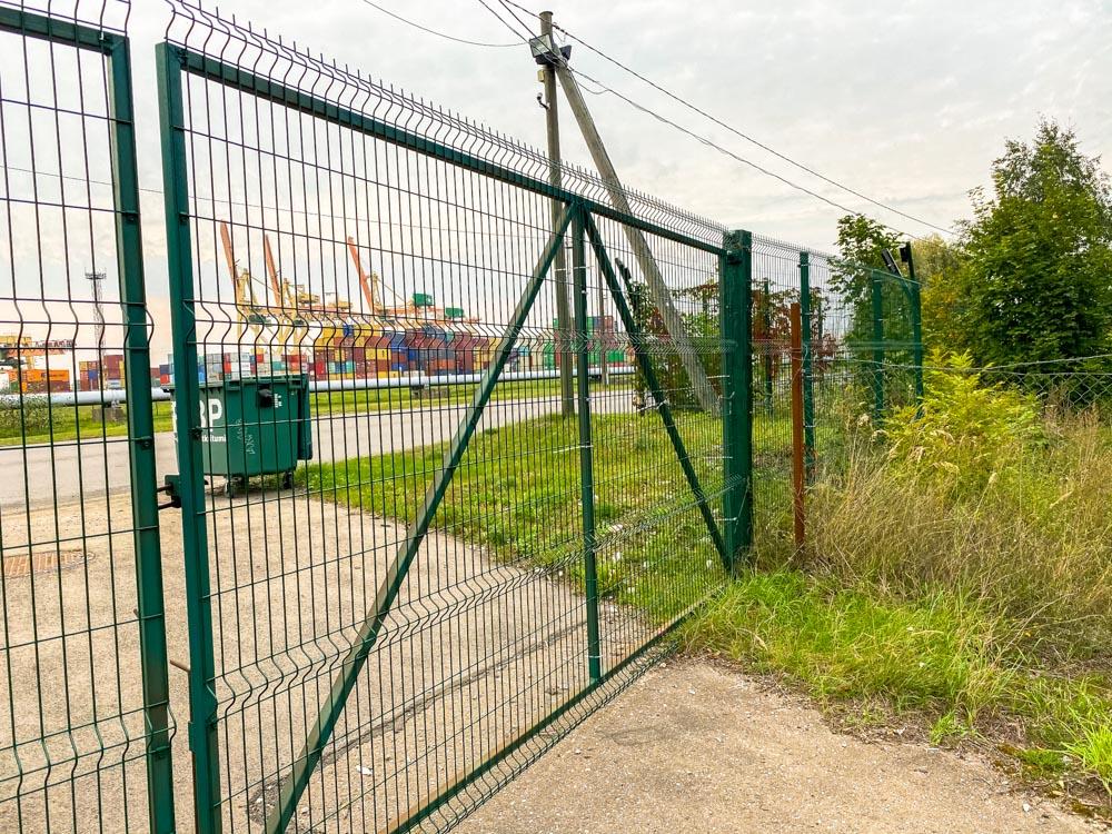 Fence to the port in Kundzinsala, Riga