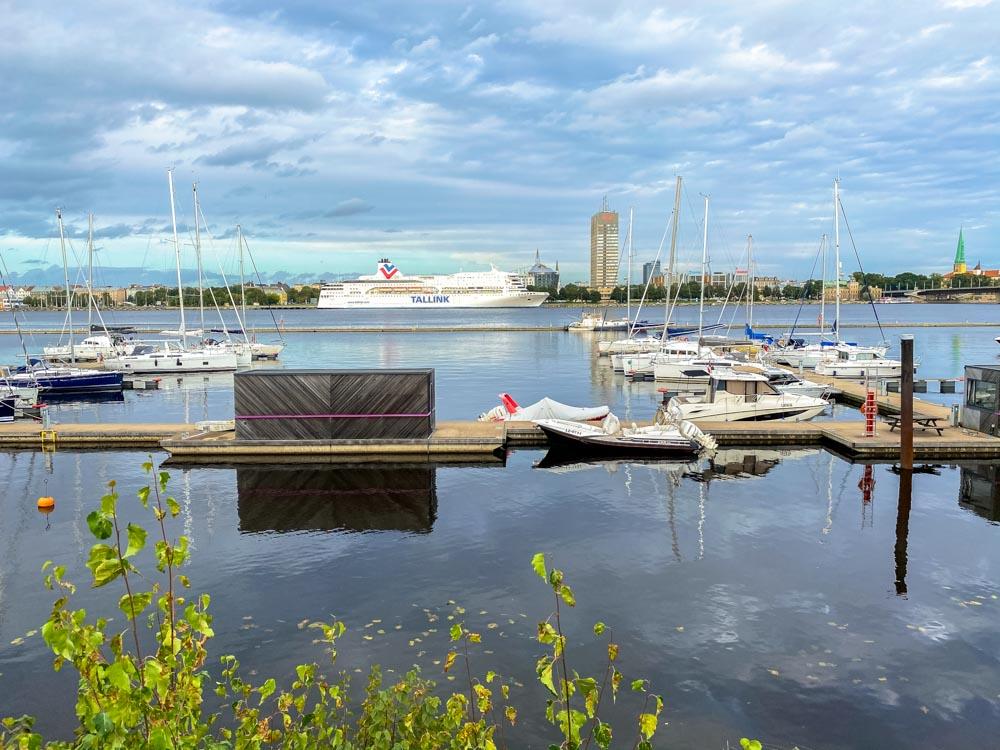 Yachts in a port in Kipsala