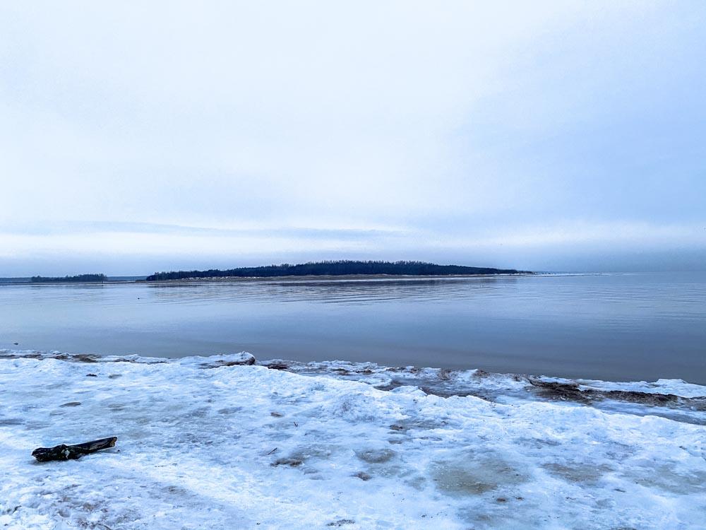 Winter landscape from Daugavgriva beach