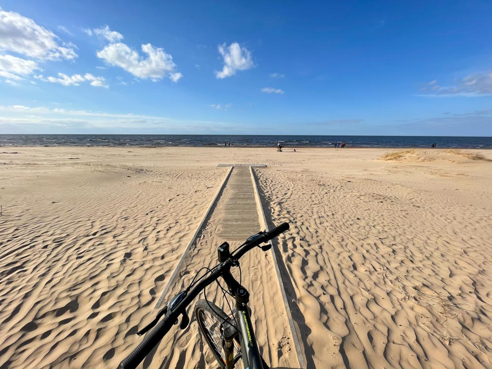 Cycling on Kalngale beach