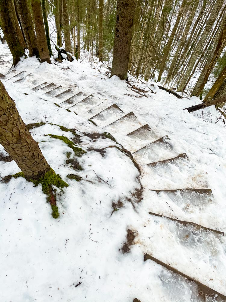 Slippery stairs in Gauja National Park