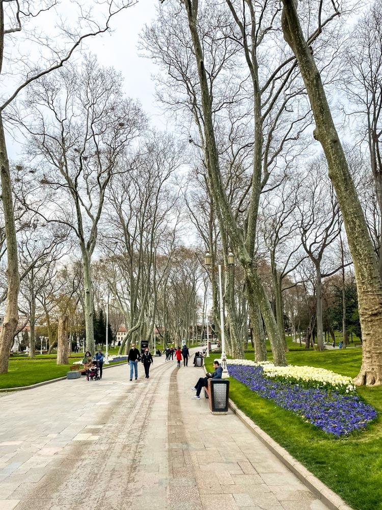 Entering Gulhane Park