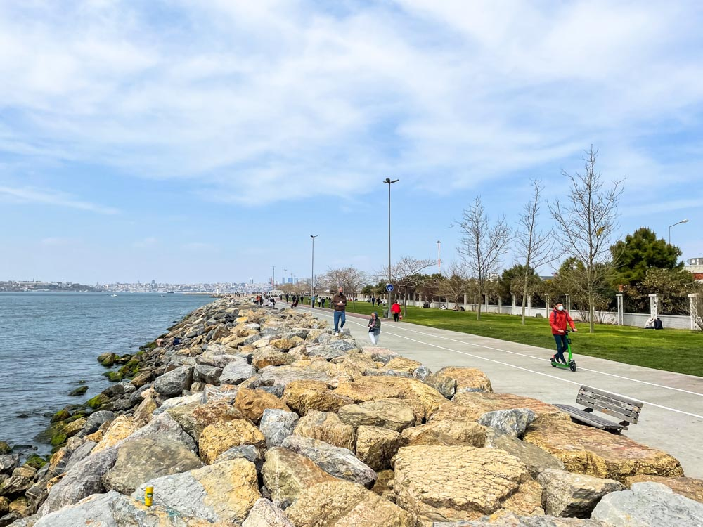 Pathways along the coast on Asian side of Istanbul