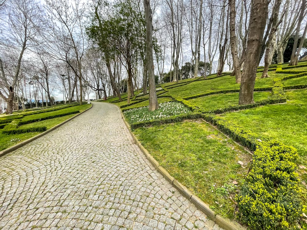 Pathways in Gulhane Park