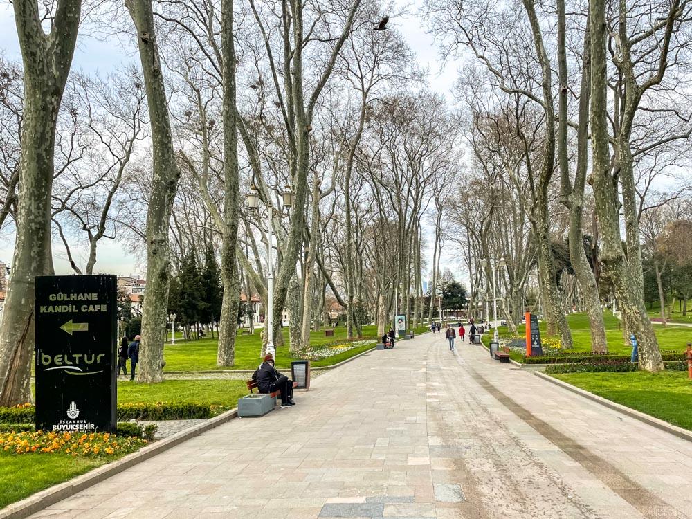 Walking in Gulhane Park